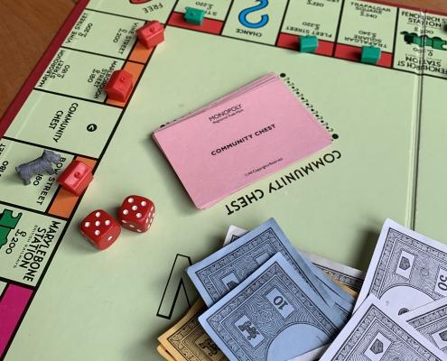 Wat kun je doen om minder afhankelijk te zijn van de overheid bij het verkrijgen van vergunningen, subsidies of toezicht?
